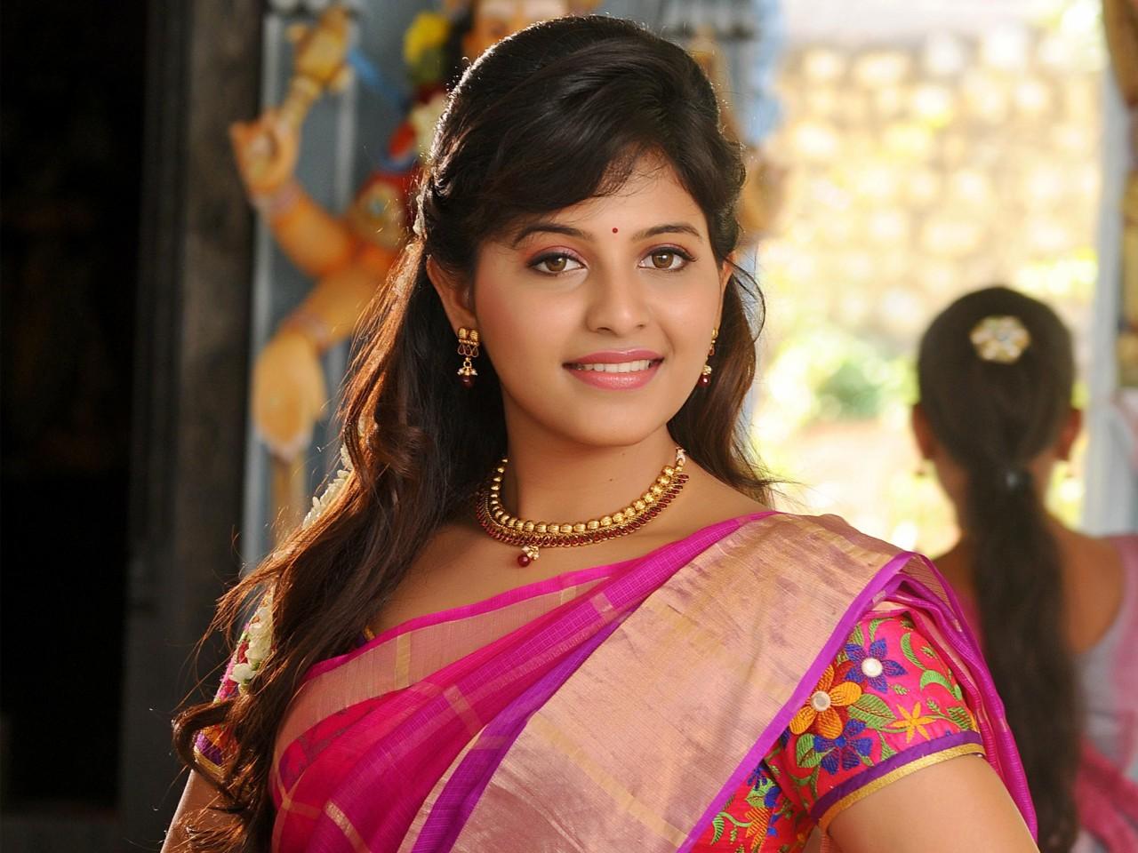 Punjabi Cute Girl Hd Wallpaper Anjali Tamil Actress Wallpapers Hd Wallpapers Id 17526