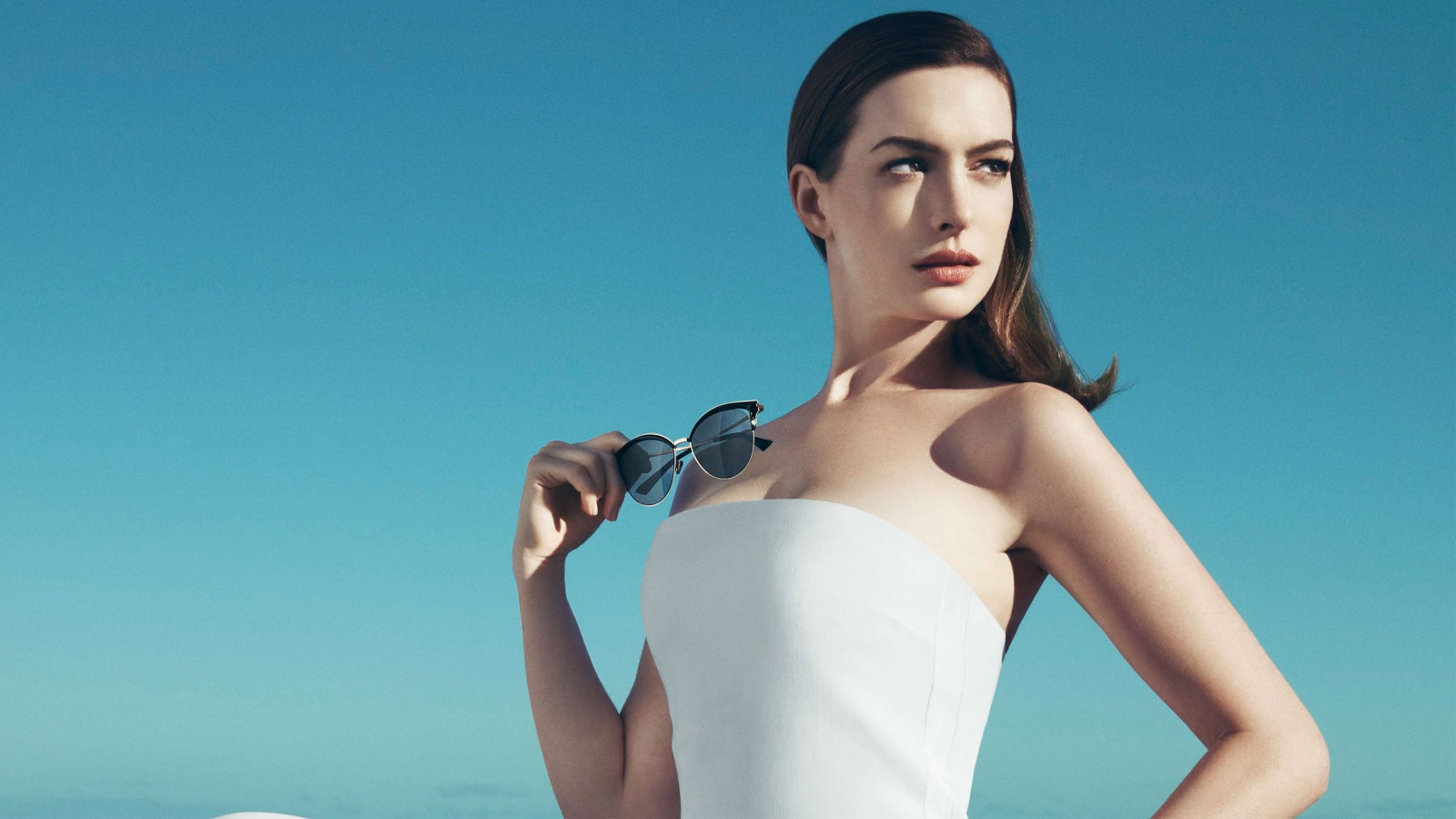 Hd Abstract Wallpapers For Iphone 5 Anne Hathaway 2017 Wallpapers Hd Wallpapers Id 20052