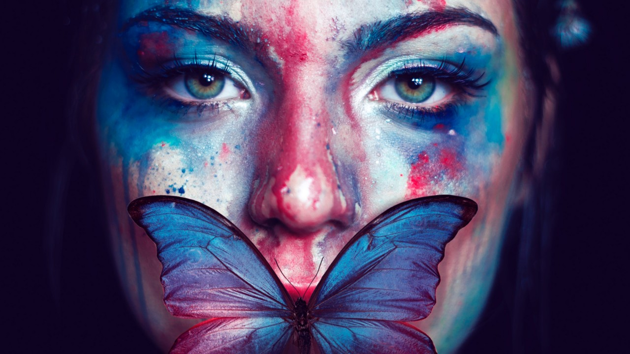 3d Red Blue Wallpaper Beautiful Woman Butterfly Portrait Wallpapers Hd