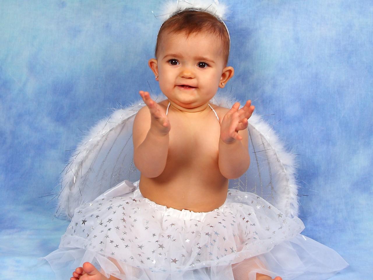 Cute Baby Angel Wallpaper Cute Angel Baby Girl Wallpapers Hd Wallpapers Id 6501