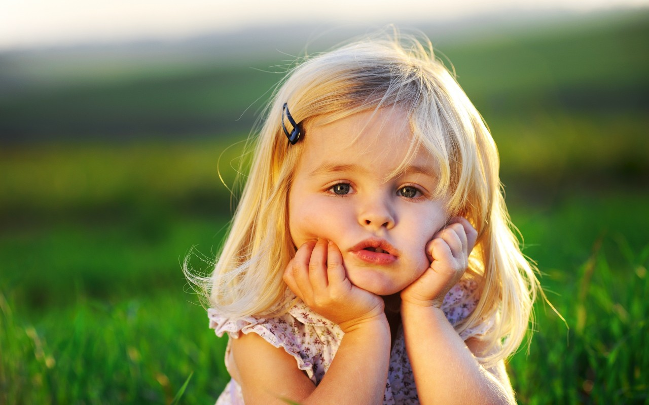 Cute Baby Wallpapers Cute Babies Pictures Cute Baby Girl Cute Little Baby Girl Wallpapers Hd Wallpapers Id 9651