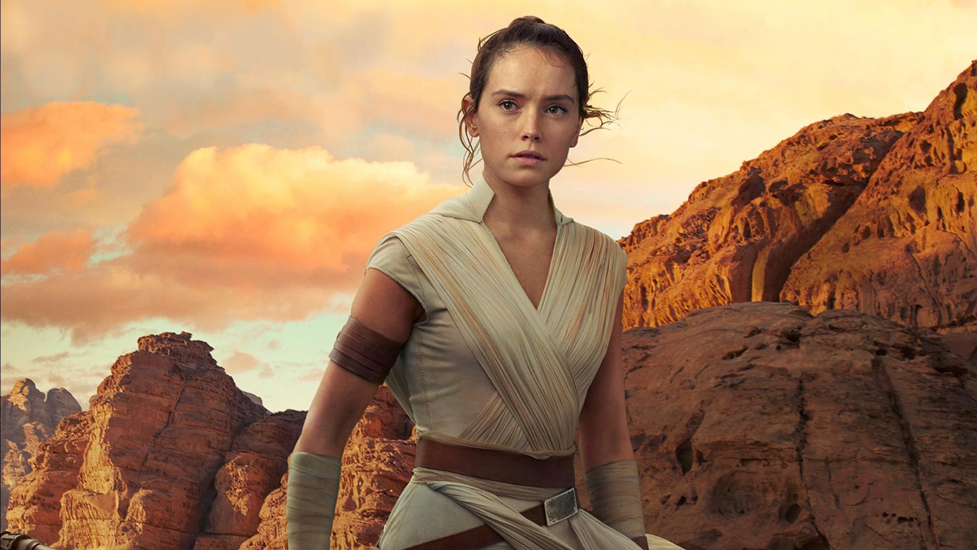 Rise of Skywalker Daisy Ridley as Rey in Star Wars The Rise of Skywalker ...