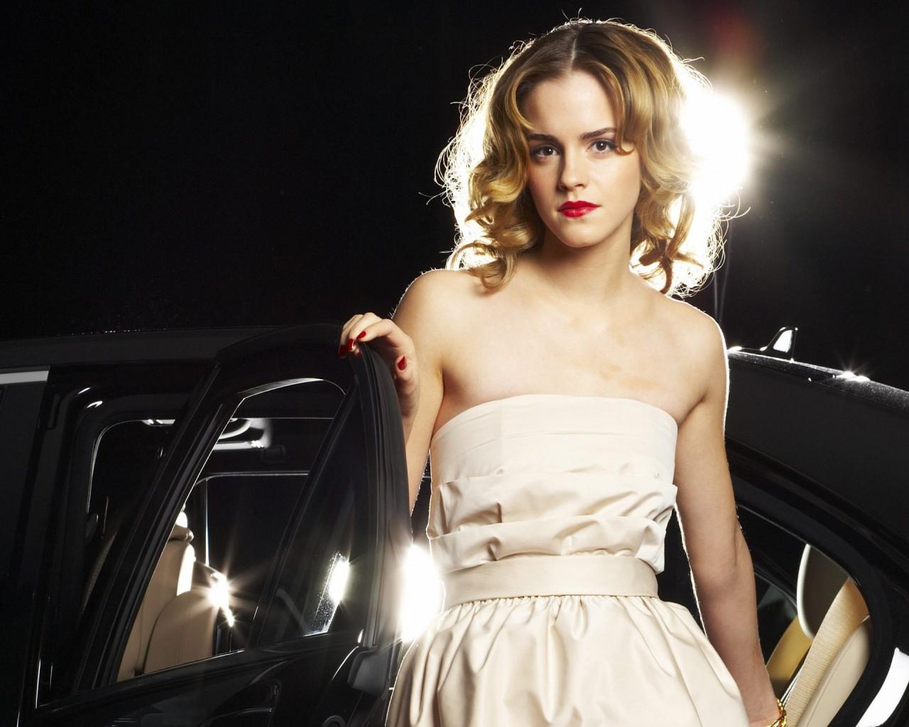 Makeup Iphone Wallpaper Emma Watson Best Wallpapers Hd Wallpapers Id 932