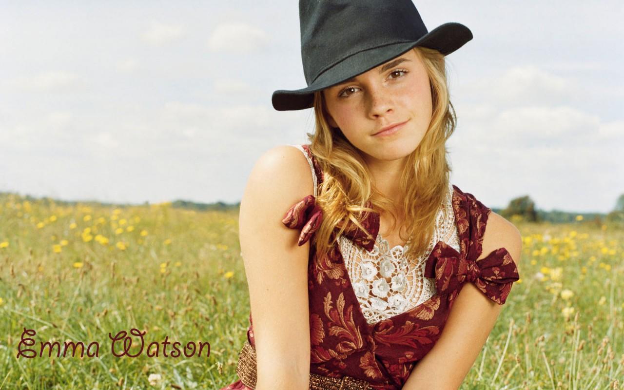 Cute Wallpaper Floral Emma Watson Nice Hd Wallpapers Hd Wallpapers Id 140