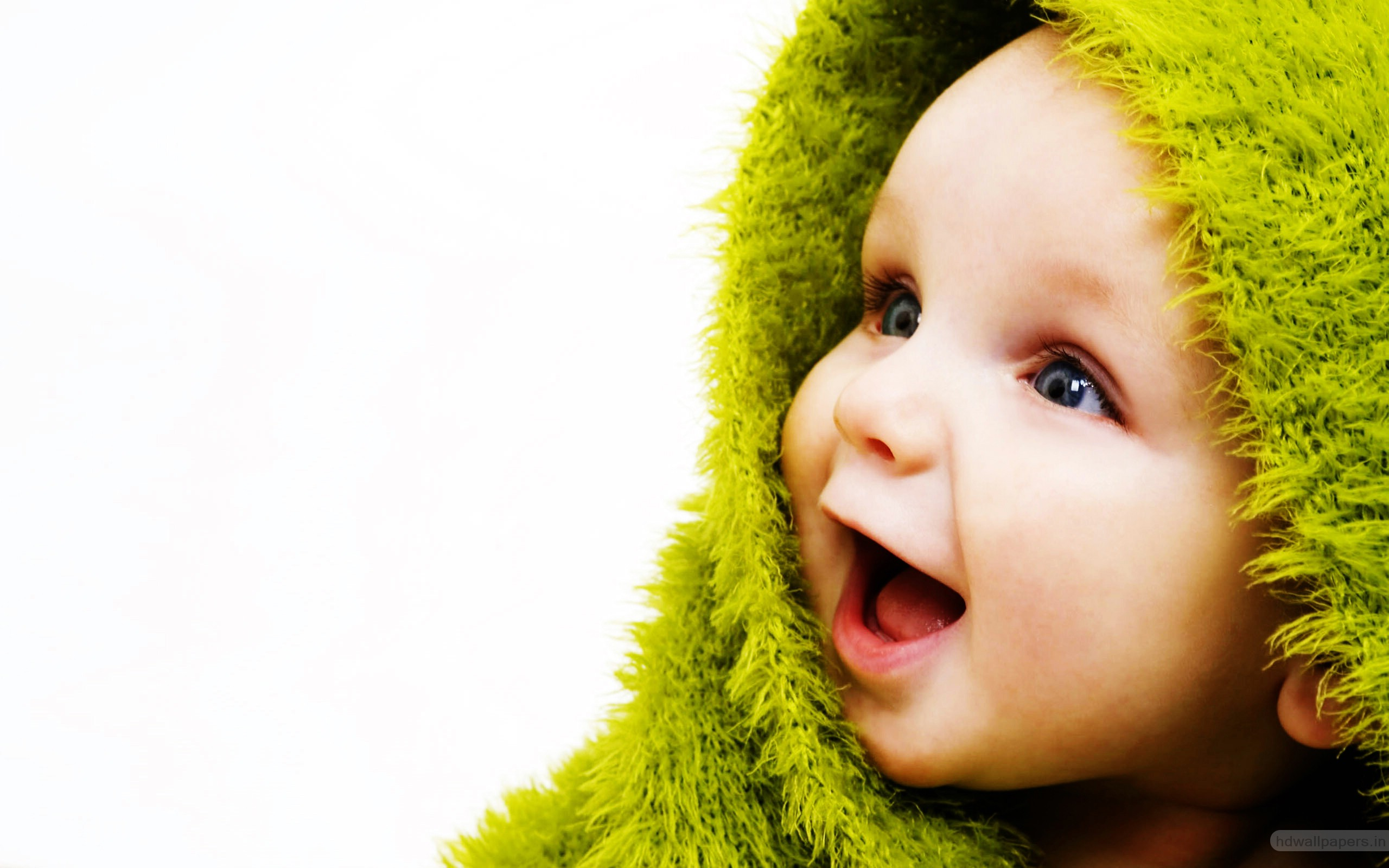 Little Cute Baby Wallpapers | HD Wallpapers | ID #9566