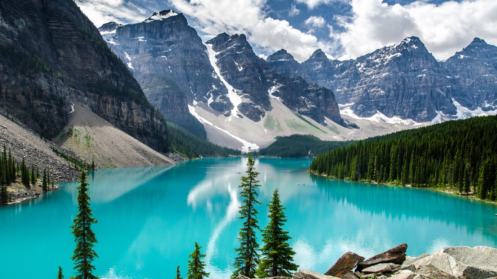 Iphone 4 Wallpapers Hd 3d Moraine Lake Banff National Park Wallpapers Hd