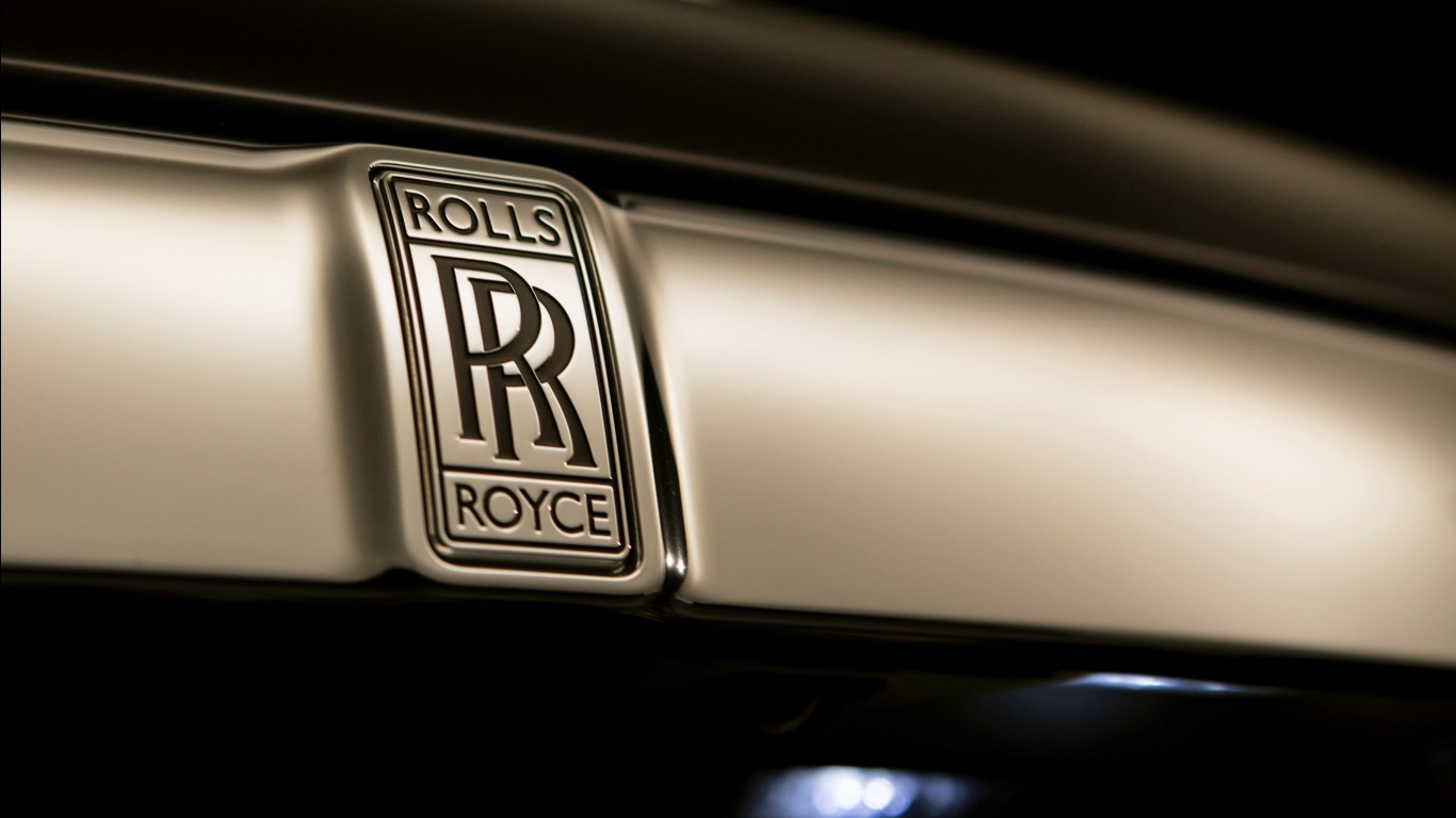 Black Wallpaper Close Up Car Rolls Royce Dawn Logo 4k Wallpapers Hd Wallpapers Id