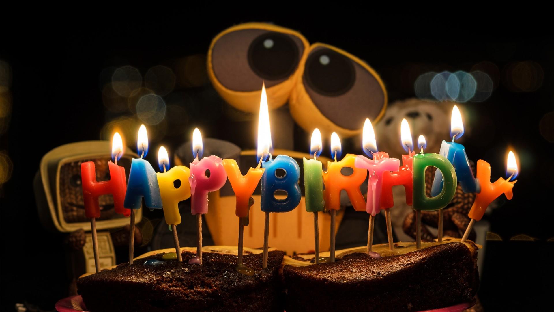 Cute Cake Hd Wallpaper Wall E Happy Birthday 4k Wallpapers Hd Wallpapers Id