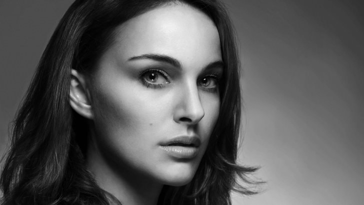 3d 4k Amazon Women Wallpaper Natalie Portman In Black Amp White Wallpaper Celebrities