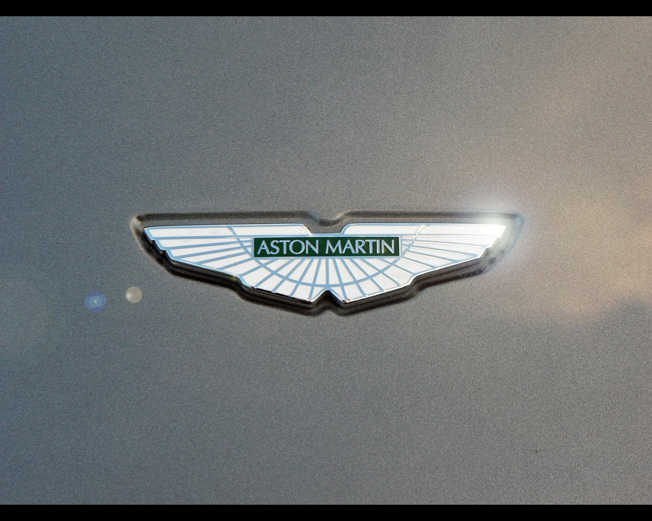 Latest Funny Wallpaper With Quotes Aston Martin Logo Hd Car Logo Beautiful Image 24152