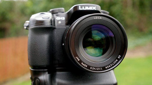 42.5mm-f1.2-front