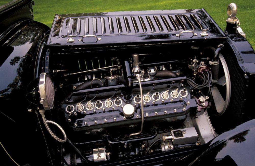 medium resolution of 1916 packard twin six town car v12 engine