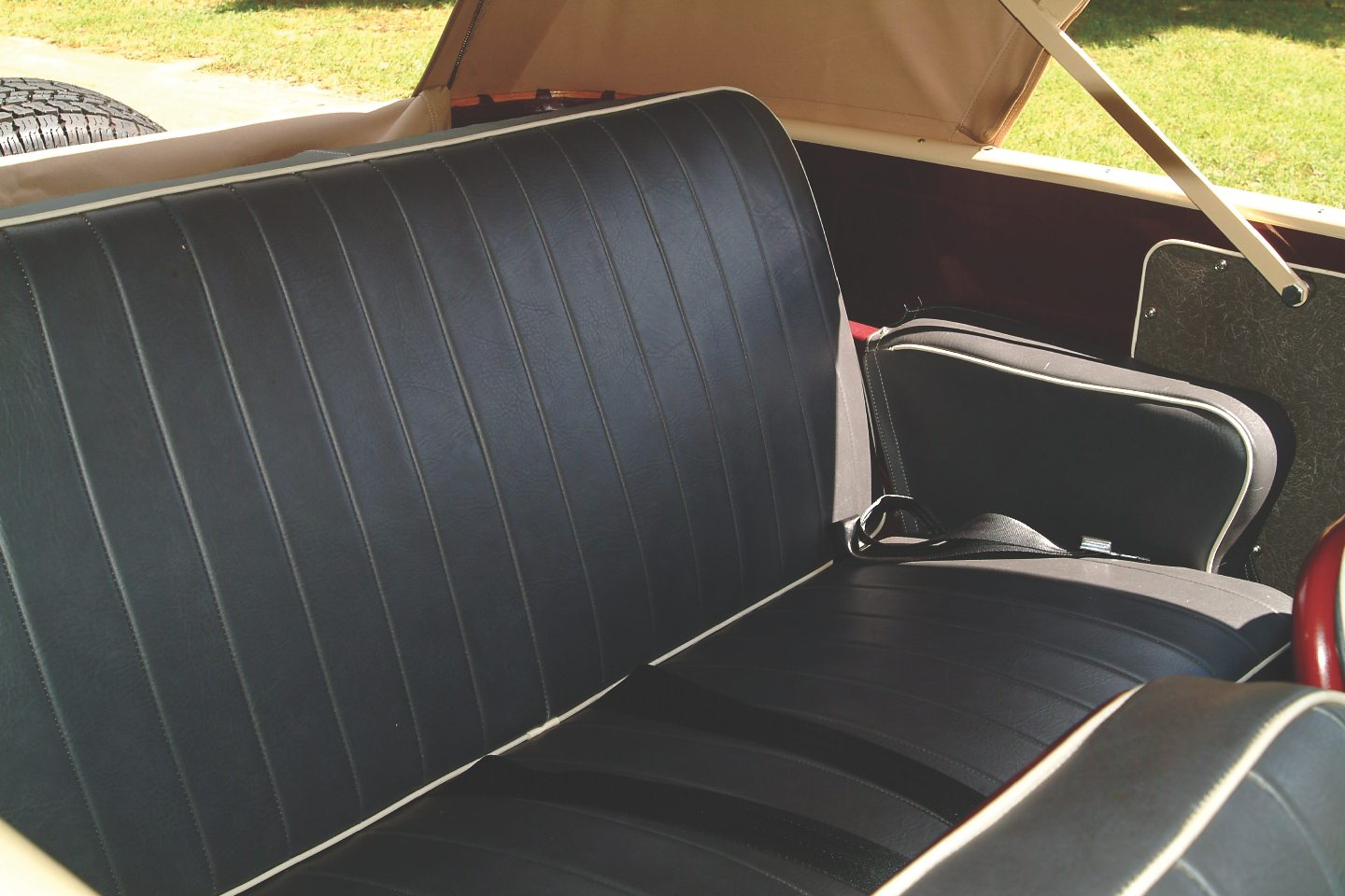 hight resolution of 1949 willys overland jeepster backseat