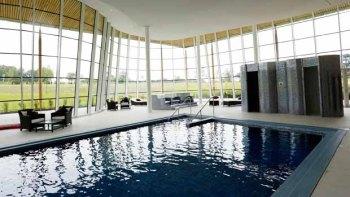 Hilton St Georges Park pool