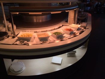 Skyteam lounge Heathrow food