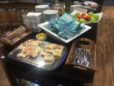Swissport food review Heathrow Terminal 3 lounge