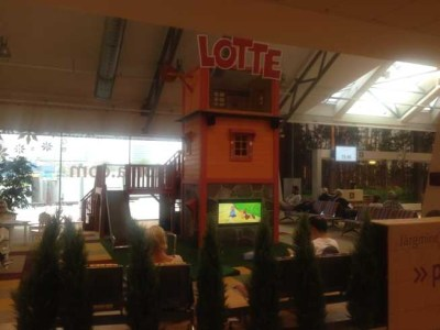 tallinn airport play area