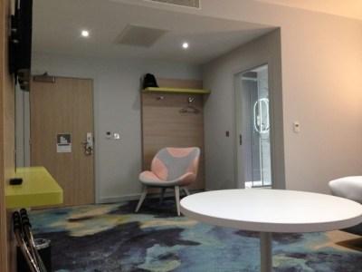 ibis styles heathrow airport review my room table bathroom carpet