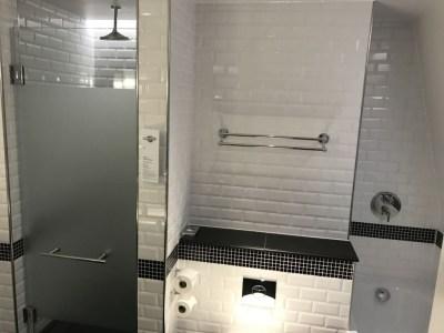 sheraton-grand-park-lane-review club-room-bathroom