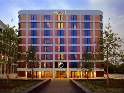 Element_Frankfurt_Airport_Hotel-1