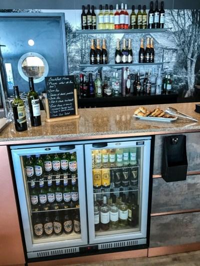 Aspire plus lounge Newcastle Airport drinks