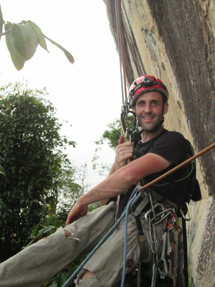Stephane back to the tree pitch 1 damai sentosa