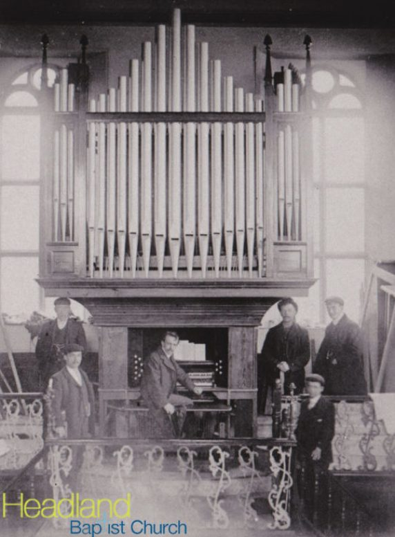 church_organ_01