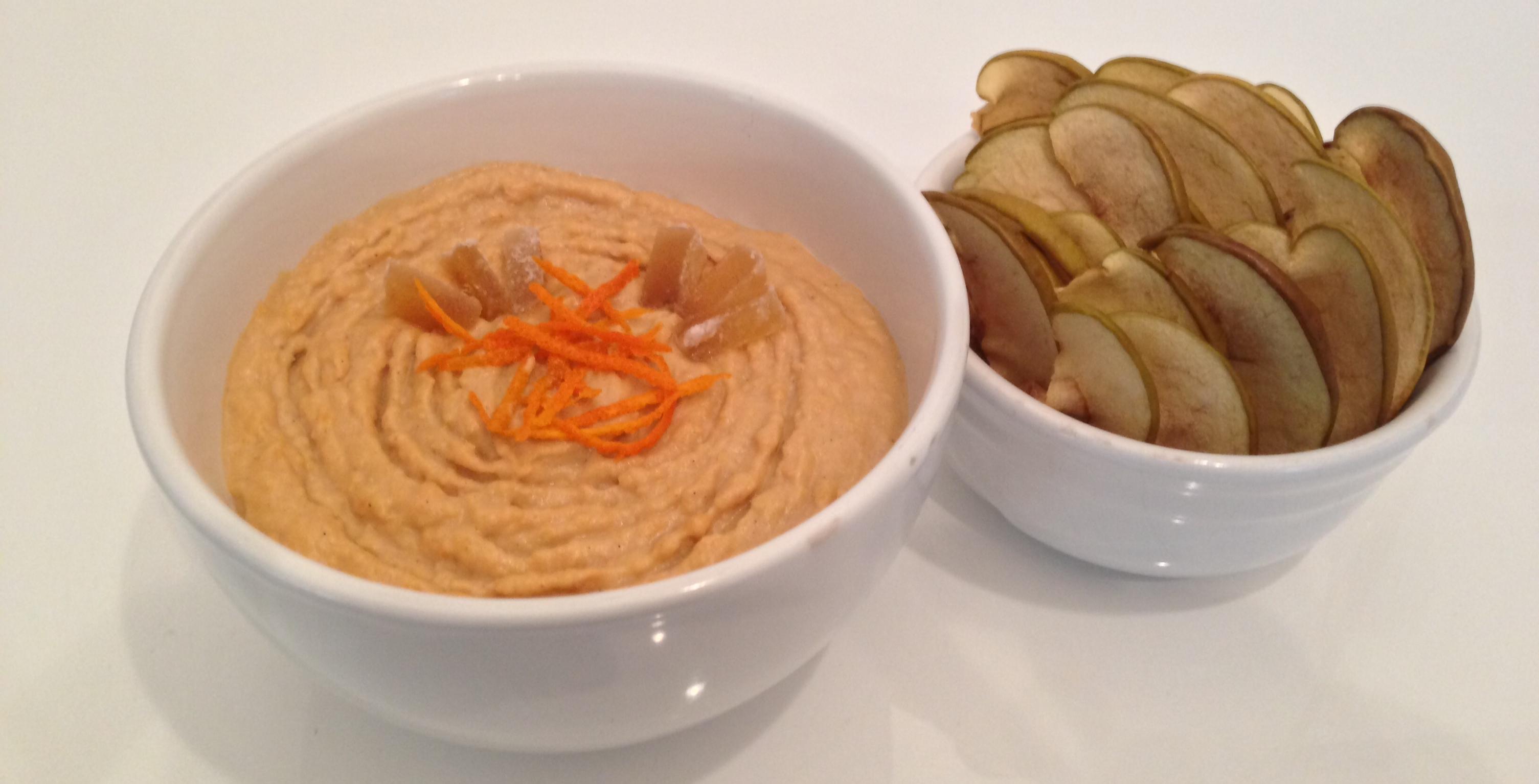 Hummus Dolce Speziato con Chips di Mela