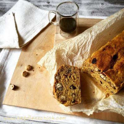Pane dolce speziato alle prugne e Nocciole