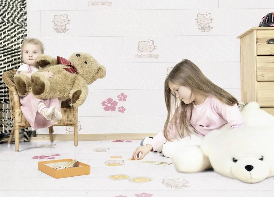 Boden und Wandgestaltung mit Hello Kitty
