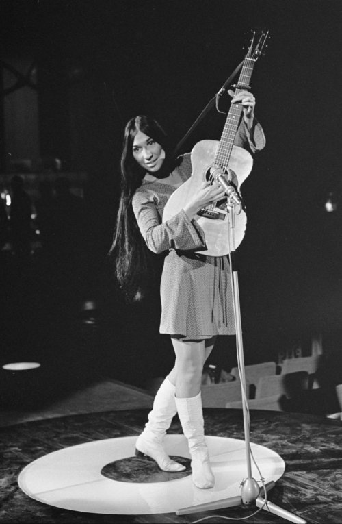Buffy_Sainte-Marie_3_(Repetities_1968-03-06_Grand_Gala_du_Disque_Populaire)