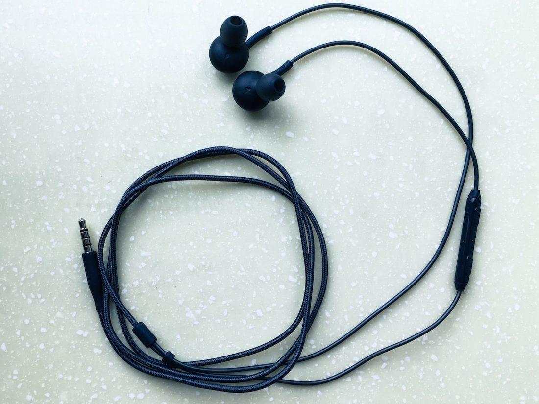 half fabric, half rubber cable