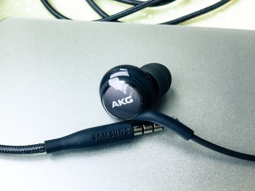 small resolution of review samsung galaxy s8 akg headphone