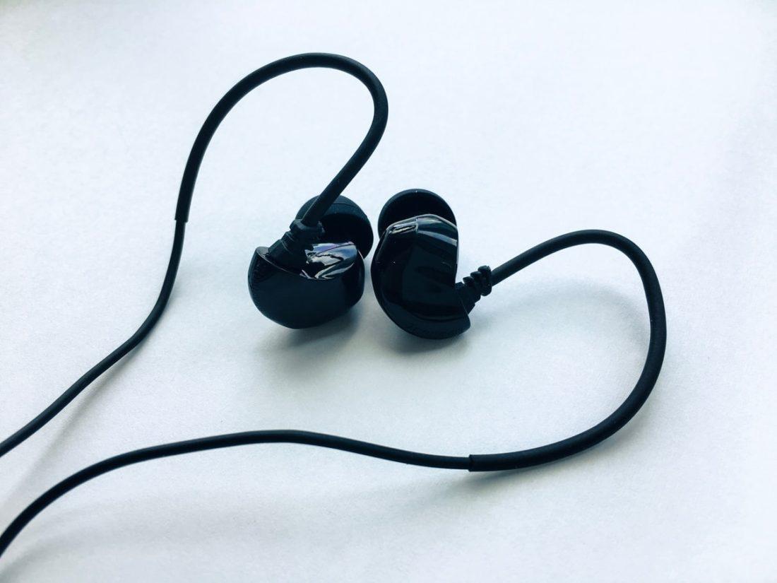 hight resolution of brainwavz b200 dual ba earphones
