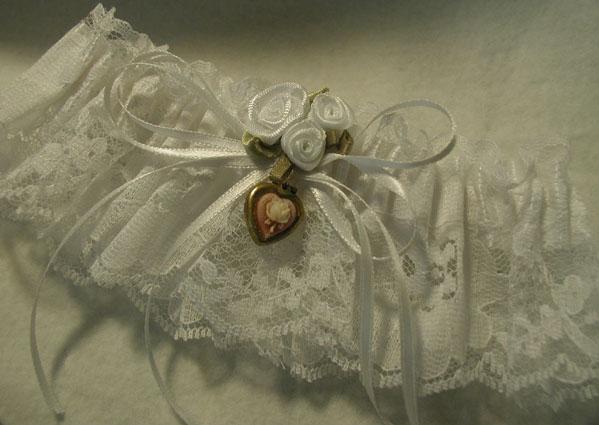 Unique Vintage Bridal Wedding Garters