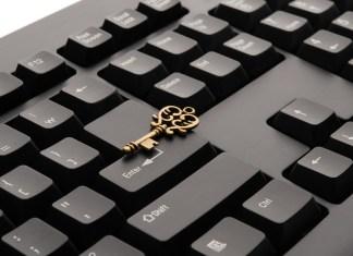 golden key on keyboard