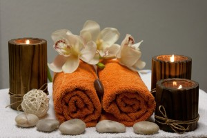 massage candles and towels