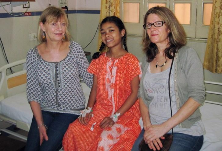 oss volunteers with patient