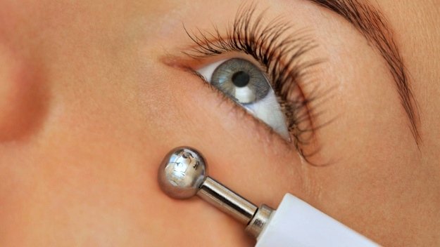 Microcurrent | Contemporary Treatment Of Cataracts You Need To Take Note Of