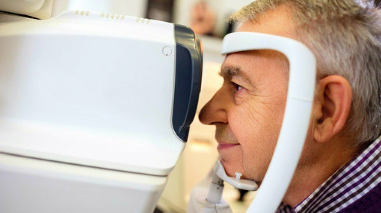 Common Signs Of Cataracts To Look Out For