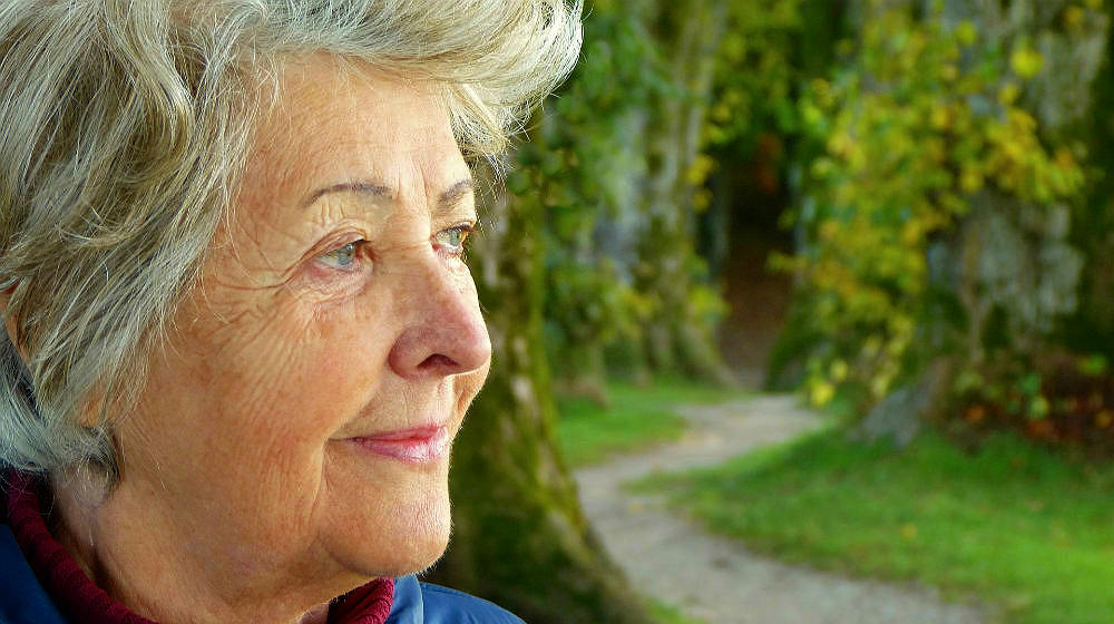 Cataracts Surgery Costs and Alternatives