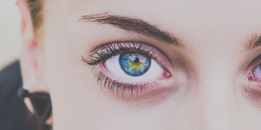 4 Signs to Recognize Bipolar Disorder Mania in the Eyes