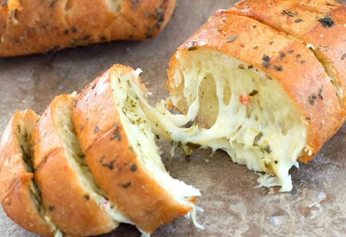 Cheesy Garlic Bread With Italian Spices Healing Tomato Recipes