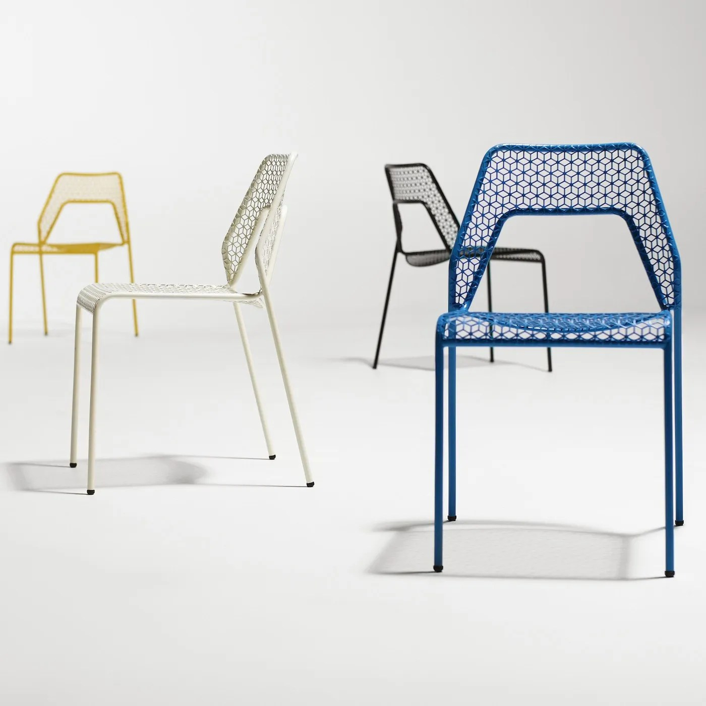 blue dot chairs pink princess throne chair blu hot mesh discontinued heal s