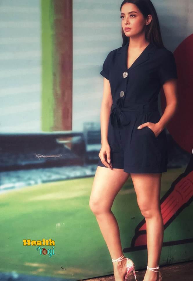 Surveen Chawla Workout Routine