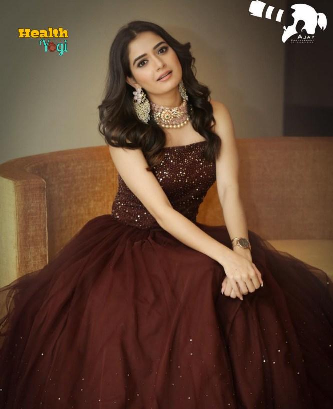 Ashika Ranganath HD Photo