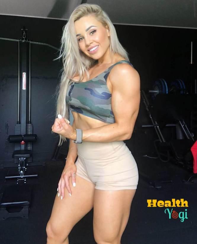 Stephanie Sanzo gym