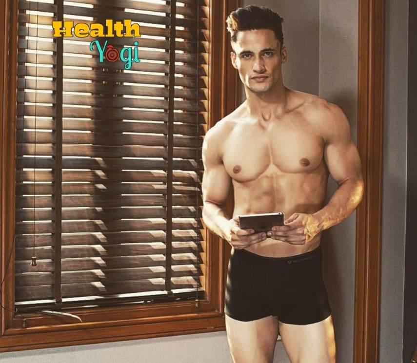 Asim Riaz Fitness