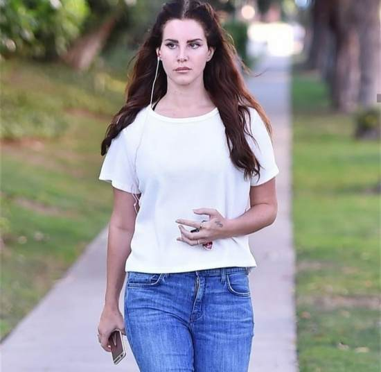 Lana Del Rey Workout