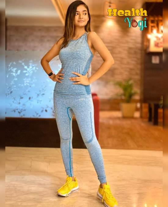 Anushka Sen Workout Routine and Diet Plan [2020]